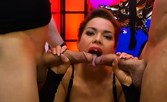 Chloe La Moure With Big Tits And Ass Gets Cums