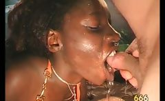 Nasty ebony whore gets p1ssed hard